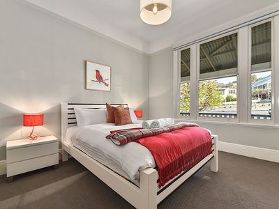 Photo for Ellemel Cottage - West Launceston, TAS