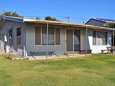 Photo for Pearly Shells is an original Coffin Bay shack in the perfect location.