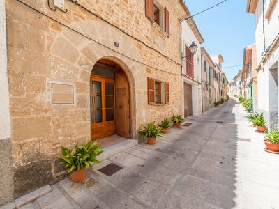 Photo for Typical Majorcan house in the heart of the historic center of Alcúdia