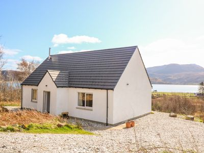 Photo for HOUSE ON THE BRAE, pet friendly in Kyle Of Lochalsh, Ref 1008054