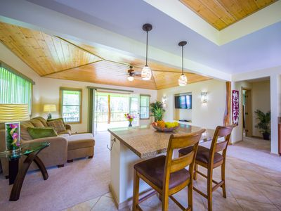 Photo for Kealohapau'ole - Spacious 1 bdrm, 1 bath with jacuzzi tub and covered deck!