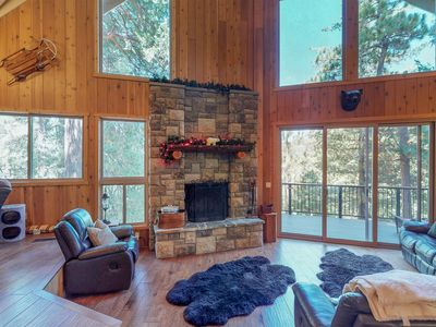 Photo for Gorgeous hillside home w/ private hot tub & game room - dogs OK!