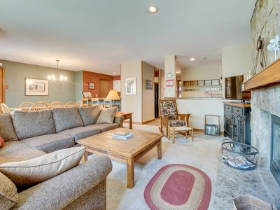 Photo for Ski-in/ski-out condo with shared pool, hot tub & sauna - great location!