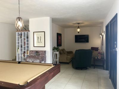 Photo for Fully Equipped 4 BD 3 BA w/Pool Table 12 Min to DT
