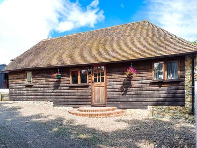 Photo for 1BR Cottage Vacation Rental in Maidstone