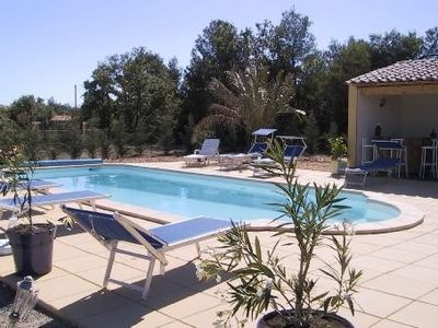 Photo for 2BR House Vacation Rental in Saint-Saturnin-Lès-Apt, Provence-Alpes-Côte-D'Azur