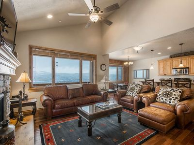 Photo for Perfect Family Getaway - Private Hot Tub, Fireplace & HDTVs, 3 Mins to DV Lift **FREE Ski Rental**
