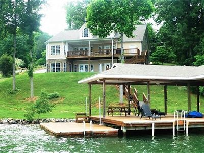 Photo for A Morning Mist -  Spacious home with Large Dock and Wide Water View, Super Location