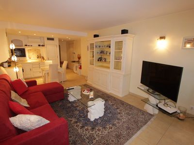 Photo for Pleasant 3 bright rooms with terrace near the Croisette