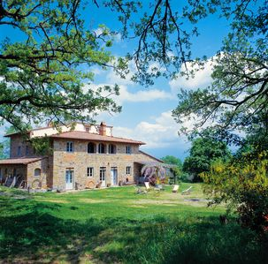 Photo for Florence private villa with pool, vast botanic garden, WiFi amphitheater