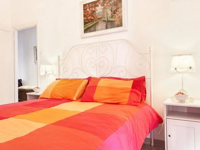 Photo for Maison Bruna, Delightful apartment 5 min from the Vatican and the city center by metro