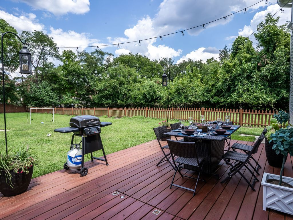 Spacious Home With 5000 Sq Ft Yard Close To Downtown Dc Metro Northeast