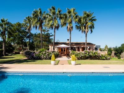 Photo for PALM TREES: 5x10m pool, childproof, garden, near beaches, quiet