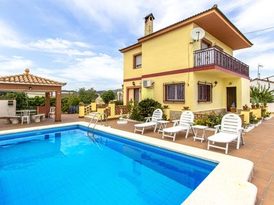 Photo for Catalunya Casas: Lovely Villa Avedon, a short drive from Tarragona beaches!