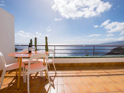 Photo for Breathtaking Ocean Views + Parking/ Dishwasher - Apartment for 4 people in El Rosario