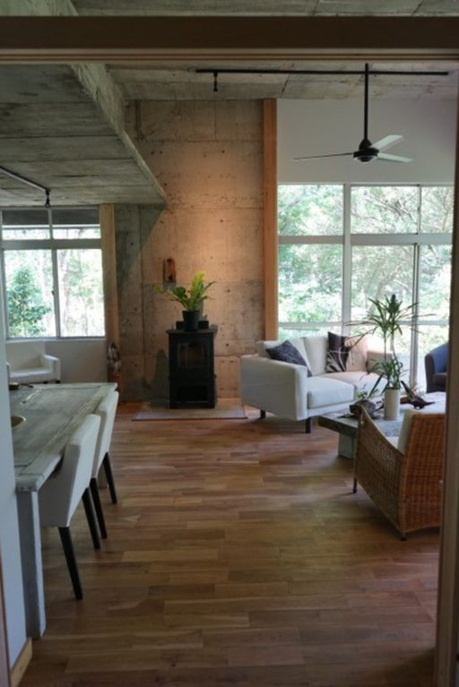 Ito house rental - Sitting-Dining Area