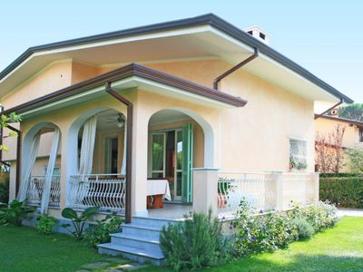 Photo for Vacation home Lidia  in Forte dei Marmi, Versilia, Lunigiana and sourroundings - 10 persons, 6 bedrooms