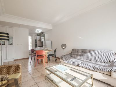 Photo for Nice 1 bedroom between the Carlton and the Martinez Hotels