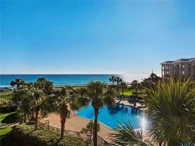 Beautiful Newly Renovated Condo with Plantation Shutters, Granite Countertops and more!