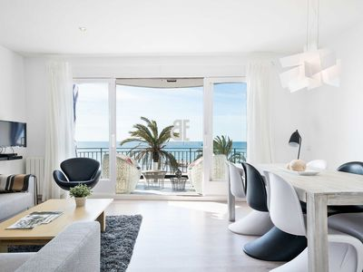 Photo for Be Apartment - Bright luxury apartment with terrace overlooking the sea. 3 bedrooms and 3 bathrooms. Located in the center of Sitges and in front of the sea.