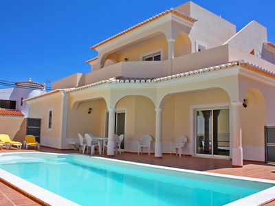 Photo for 4BR Villa Vacation Rental in Carvoeiro
