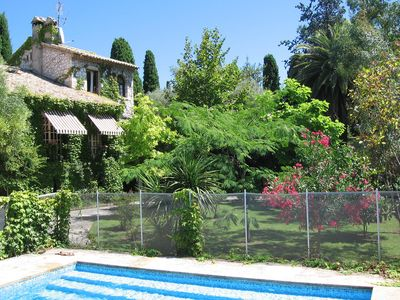 Photo for Lovely Old Stone Bastide With Private Pool, Short Drive To Beach
