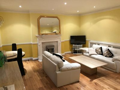 Photo for Stunning Three Bedroom Apartment in Hampstead London