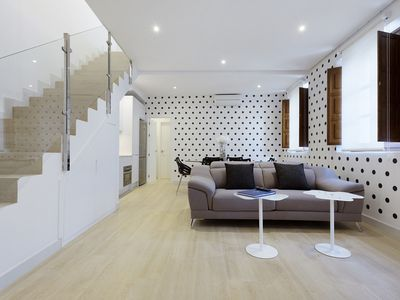 Photo for Elegant and charming duplex for 6 people with terrace and views of the Cathedral