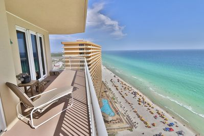 Large wrap around balcony with breathtaking views of the Gulf!