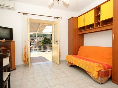 Photo for One bedroom apartment near beach Brna (Korčula)