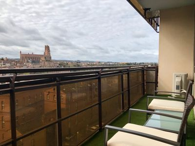 Photo for Albi, a bright apartment and a panoramic view