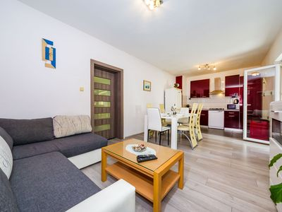Photo for Apartment Rustica Zadar with jacuzzi
