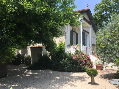 Photo for Air-conditioned house with garden and pool, center of Uzès, 6 people, 3 bedrooms