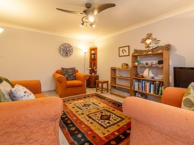 Photo for A comfortable, peaceful and dog-friendly timber-framed holiday hideaway.