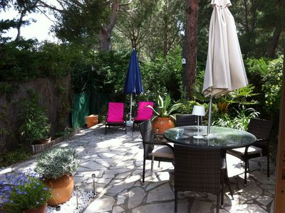 Photo for Beautiful Apartment, Peaceful location near St. Tropez, close to many beaches