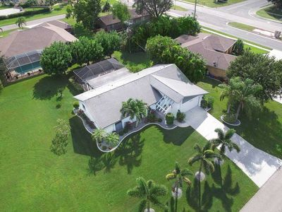 Photo for SWFL Rentals - Villa Cassina - Large Heated Salt Water-Pool Home Prime Location Sleeps 6