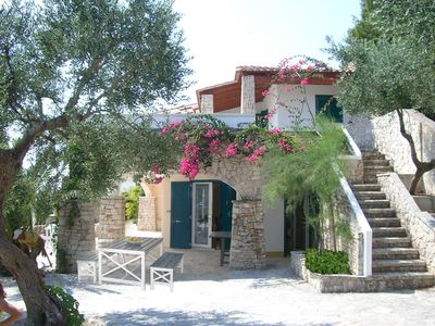 Photo for Beautiful villa, 2 floors, with large terraces, for 8 to 9 people