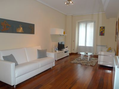 Photo for Bella Easo A apartment in Centro with WiFi, air conditioning, balcony & lift.