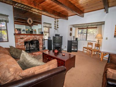 Photo for Apartment 832 m from the center of Big Bear Lake with Parking, Internet, Washing machine, Balcony (983562)