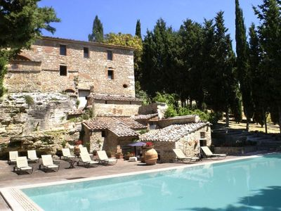 Photo for 4 bedroom Apartment, sleeps 9 in San Gimignanello with Pool and WiFi