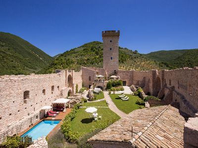 Photo for Superb 5 bedroom Villa in Assisi (Q9020)