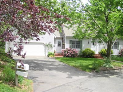 Photo for Conveniently nestled at the end of a cul-de-sac in Yarmouth Por