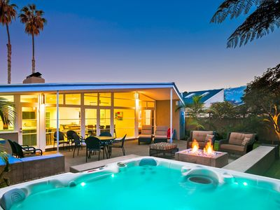 20% OFF JUNE - Private Paradise with Yard, Hot Tub + Walk to Beach