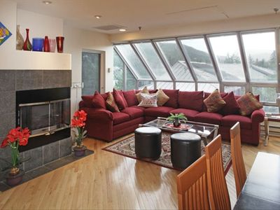 Photo for Up to 40% off Advertised Rates - Luxurious 3 Bdrm Penthouse Condo