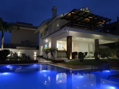 Photo for Artist's House, 4 suites, and an amazing pool 60 m from the sea.