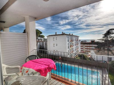 Photo for Holiday rental in Lloret - Duplex located 300m from the beach, with wifi, common swimming pool and relax zone. Ref. A065
