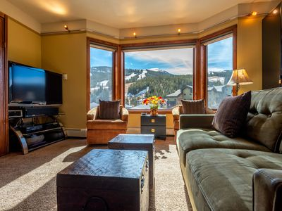 Photo for Amazing Views, free wifi, free parking. Telemark Lodge studio with style that