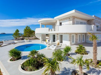 Photo for Beautiful Villa Soleil, on the Island of Korcula