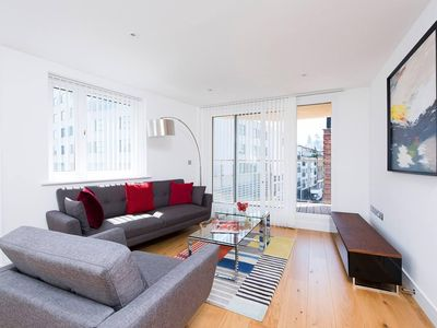 Photo for Stylish 2BR apartment with balcony in Whitechapel!