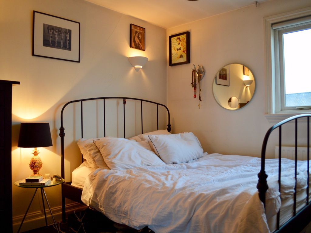 2 Bedroom Apartment In Belsize Park Sleeps 6 Two Bedroom Apartment Sleeps 6 London